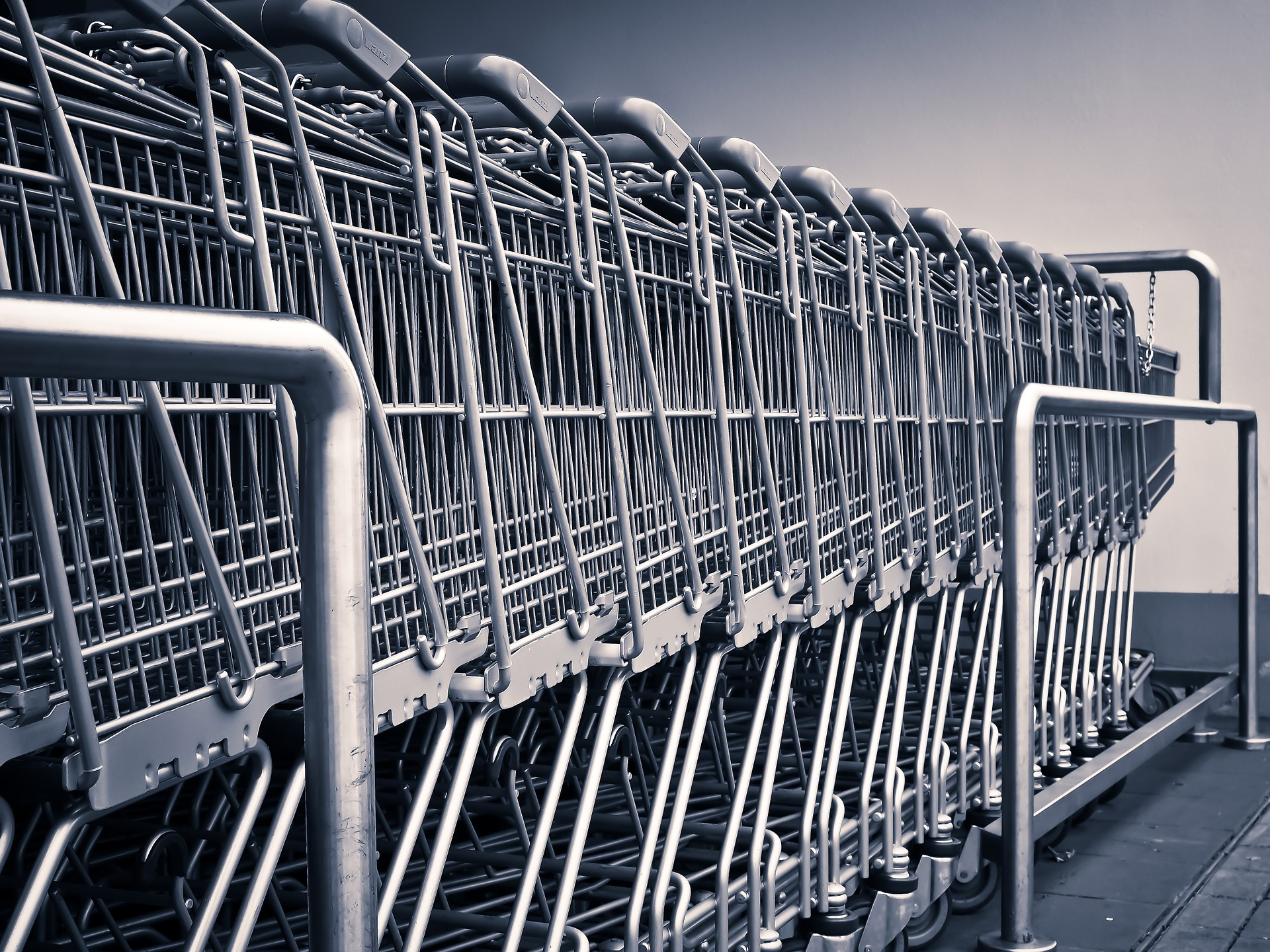 Has Online Shopping Changed the Way People Live? - shopping trollies