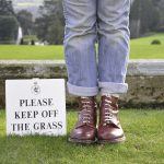 A Free GUIDE - How To Start An Online Business - keep off the grass pic