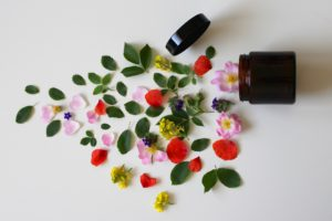 20 Best Beauty Affiliate Programs - natural cosmetics