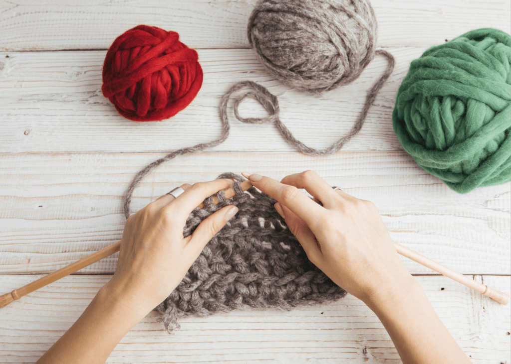 5 Online Business Ideas to Earn Money From Home - knitting
